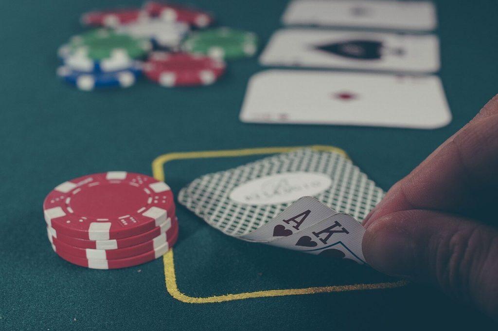 permainan dominoqq